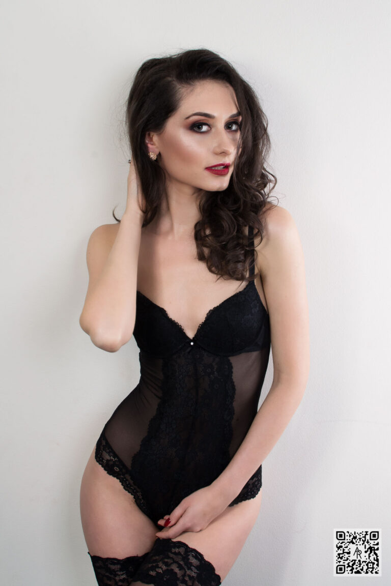 Iulia M